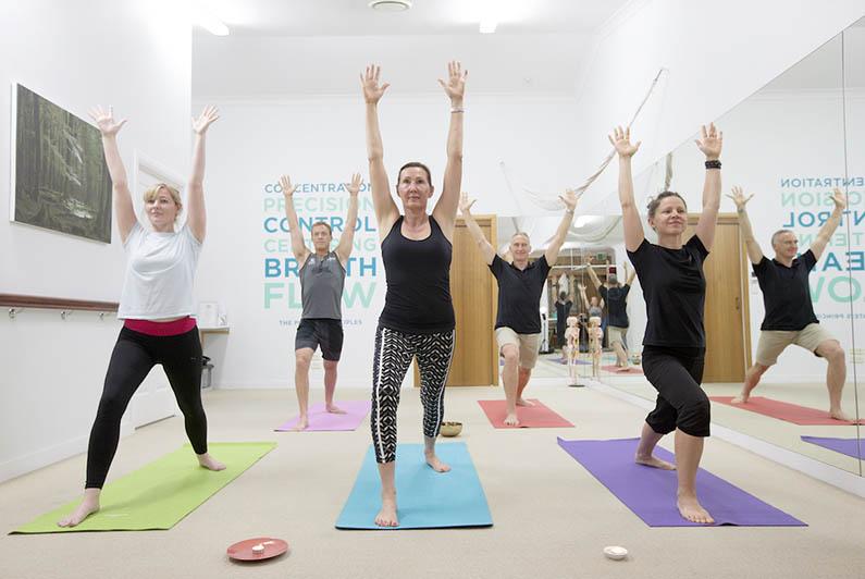 yoga-class-795x532